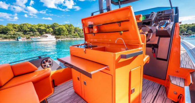 Boat rental Split cheap Veli 10