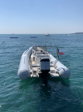 Hire RIB with or without skipper Valiant San Ciprianu