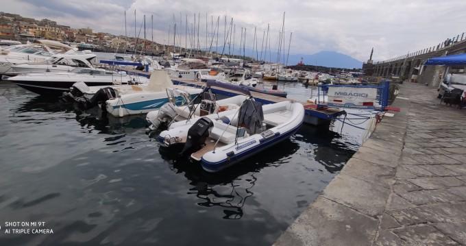 Boat rental Torre del Greco cheap Clubman 21