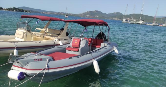 Boat rental Lomac Lomac 675 IN in Nikiána on Samboat