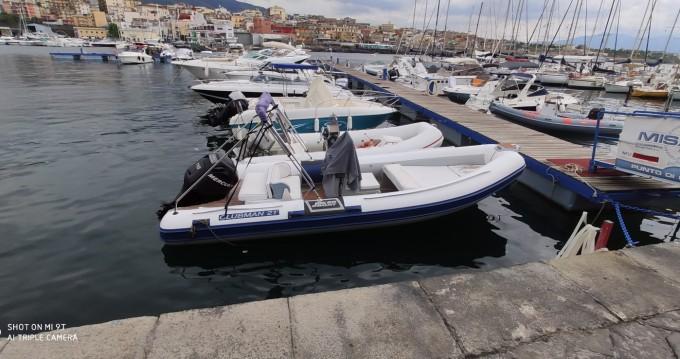 Rent a Joker Boat Clubman 21 Torre del Greco