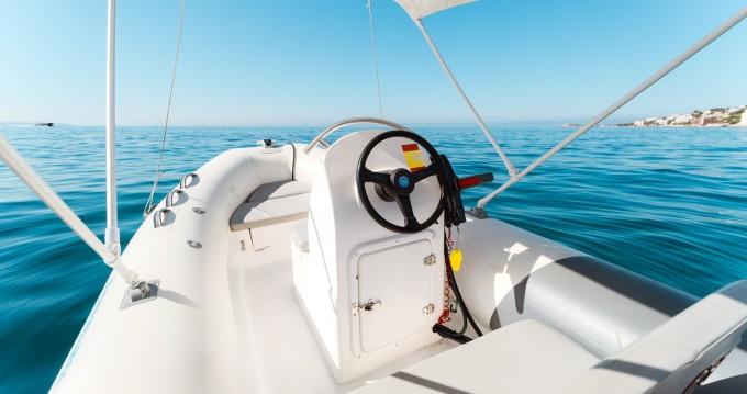 Boat rental Palma de Mallorca cheap 400