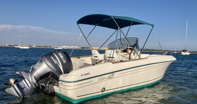 Boat rental Port-Camargue cheap Cap Camarat 625 Luxe