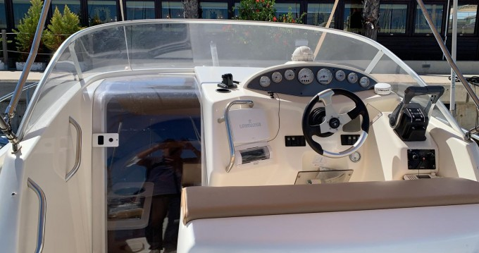 Hire Motorboat with or without skipper Jeanneau Port de Alicante