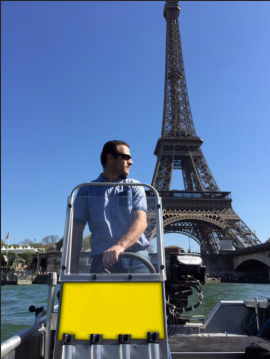 Rent a Skylla 500 Paris