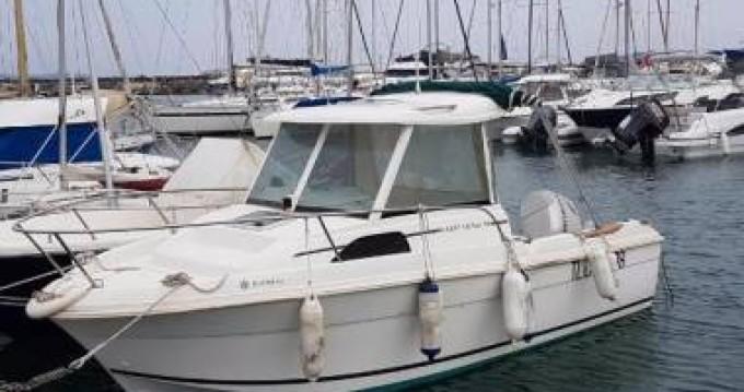 Boat rental Jeanneau Merry Fisher 580 in Pornichet on Samboat