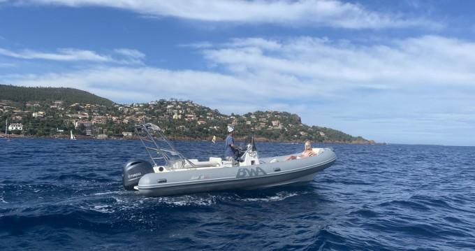 Boat rental Bwa Sport 22 GT in Mandelieu-la-Napoule on Samboat