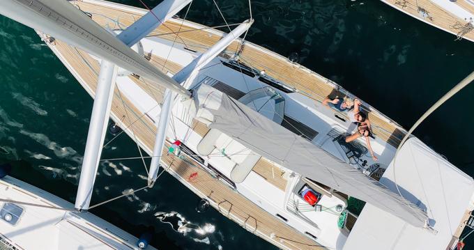 Rental yacht Puerto de Valencia - Hanse Hanse 430 E on SamBoat