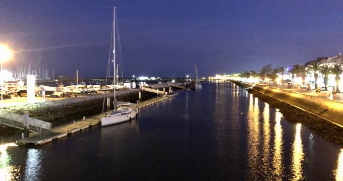Boat rental Puerto de Valencia cheap Hanse 430 E