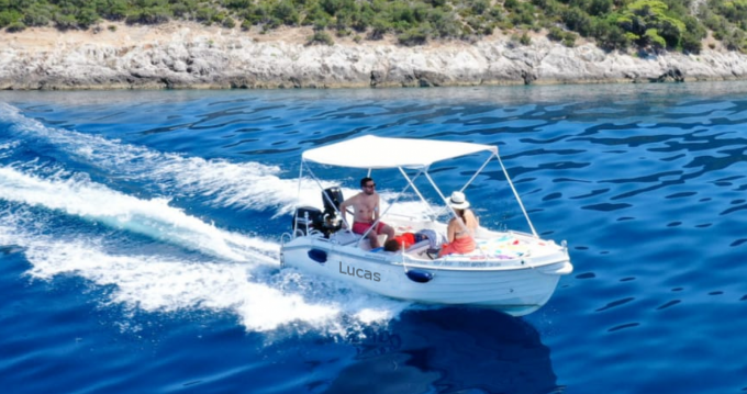 Boat rental Hellas 24 in Talamone on Samboat
