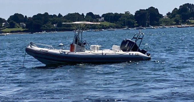 Hire RIB with or without skipper Zodiac Arzon