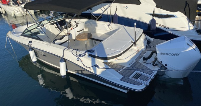 Sea Ray SPX 210 OB between personal and professional Mandelieu-la-Napoule