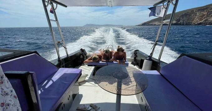 Boat rental Hvar cheap Trophy