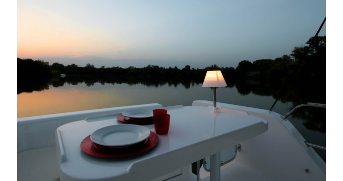 Boat rental Houseboat Minuetto Elettrica 8+ in Casale sul Sile on Samboat