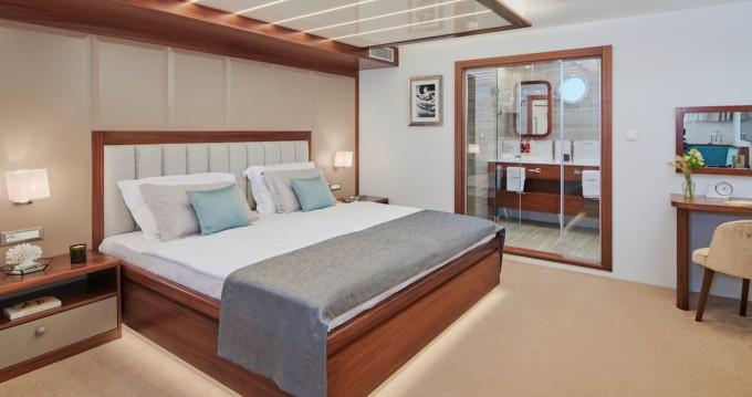 Rental yacht Split - Radez Custom Build on SamBoat
