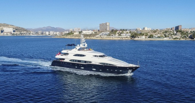 Yacht for rent Port Hercule at the best price
