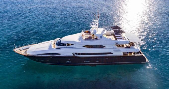 Rental Yacht in Port Hercule - Crn 45