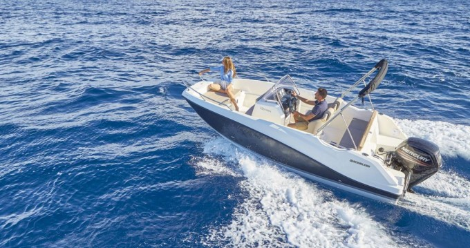 Rent a Quicksilver Activ 555 Open Old Port of Marseille