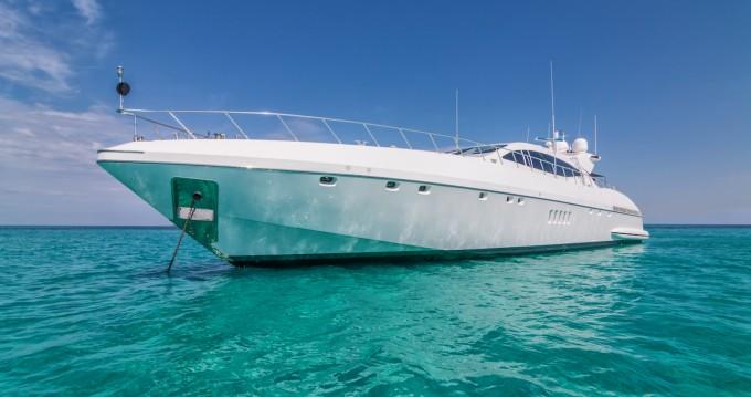 Boat rental Mangusta 108 in Palma de Mallorca on Samboat