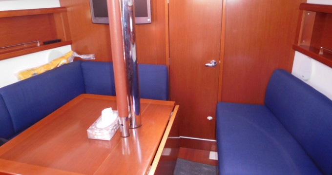 Bénéteau Oceanis 31 between personal and professional Poole