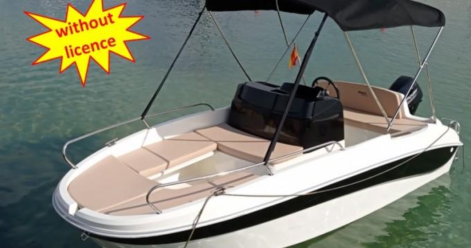 Boat rental Can Pastilla cheap B460 'Doris' (no licence)
