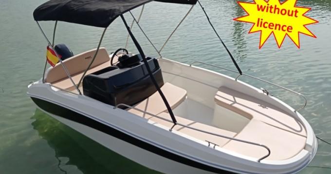 Boat rental Boleor B460 'Doris' (no licence) in Can Pastilla on Samboat