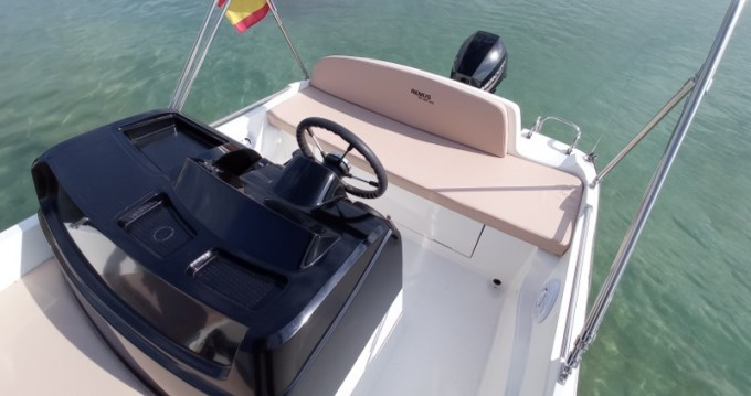 Motorboat for rent Can Pastilla at the best price