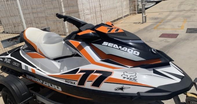 Sea-Doo GTI between personal and professional Puerto de San Pedro del Pinatar