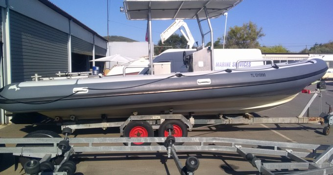 Dive Boat Evolution SR 8000 between personal and professional Hyères