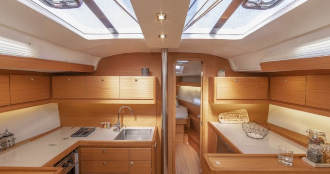 Rental yacht Pleasant Valley - Dufour Dufour 430 on SamBoat