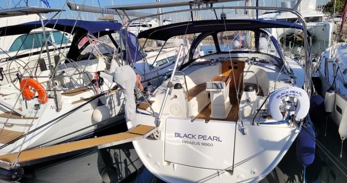 Rental yacht Alimos - Bavaria Bavaria 40 on SamBoat