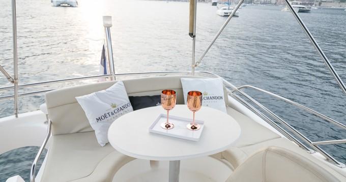 Rental yacht Nice - Jeanneau Prestige 32 Fly on SamBoat