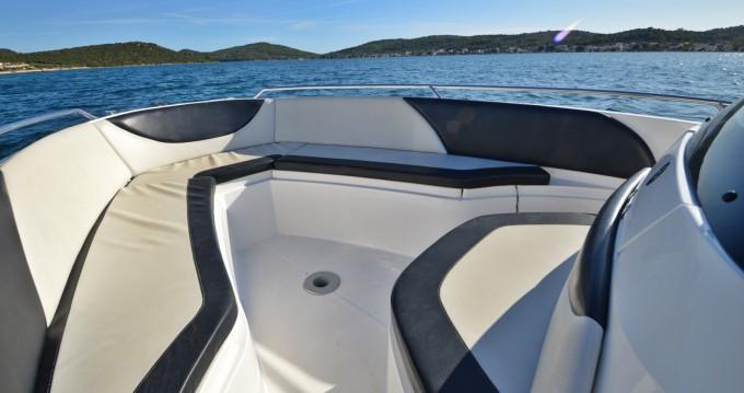 Rental yacht Betina - Galeon Galeon 640 Fly on SamBoat