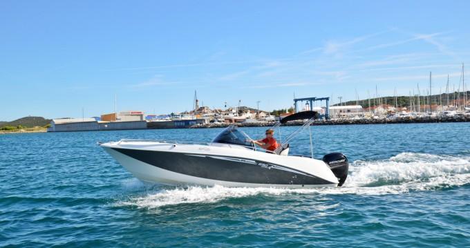 Boat rental Betina cheap Galeon 640 Fly