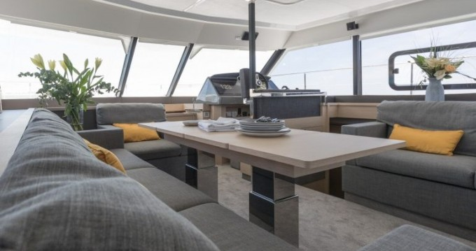 Hire Yacht with or without skipper Fountaine Pajot Annapolis