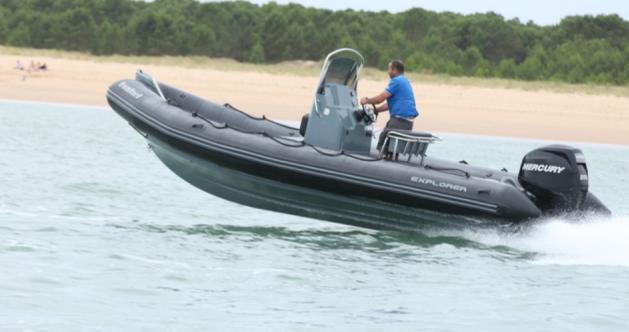 Rental yacht Port du Crouesty - Bombard BOMBARD 6.90  on SamBoat