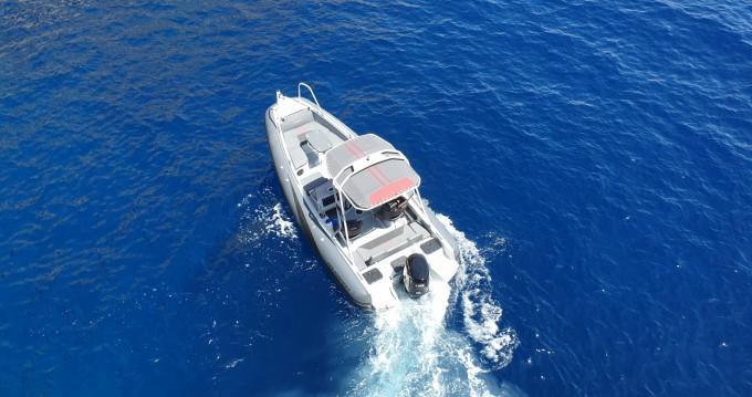 Boat rental Aqua Spirit 585DC in Sant Antoni de Portmany on Samboat
