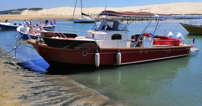 Rental Motorboat in Port d'Arcachon - Beacher Beacher V10 Croisière