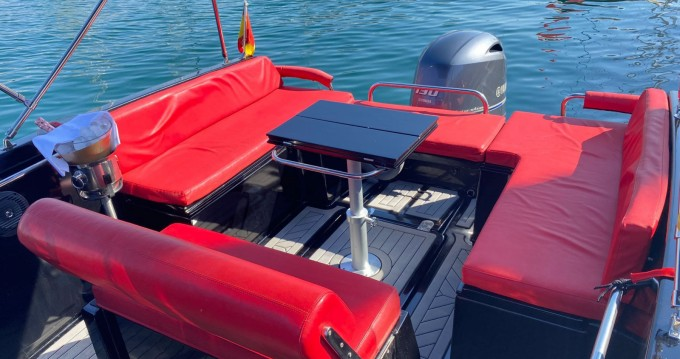 Rental Motorboat Nuva Yatchs with a permit