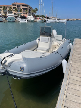 Rental Motorboat Bwa with a permit