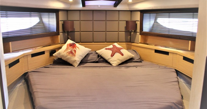 Motorboat for rent Palma de Mallorca at the best price