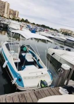 Rental Motorboat in Mandelieu-la-Napoule - Bayliner Capri 2052