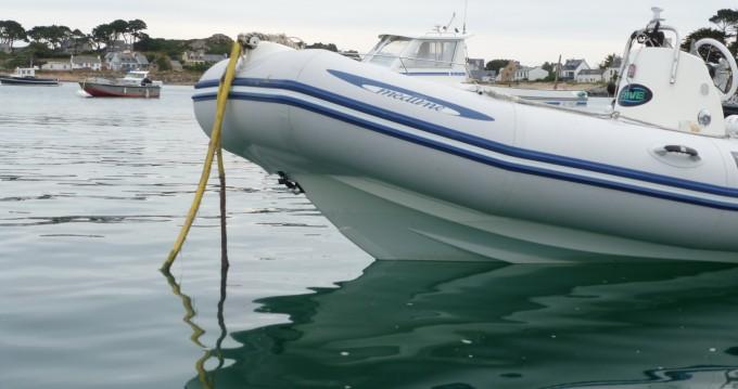 Rental yacht Carantec - Zodiac Medline 500 Sundream on SamBoat