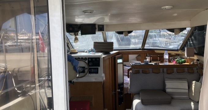 Fairline Corniche 31 Fly between personal and professional Antibes