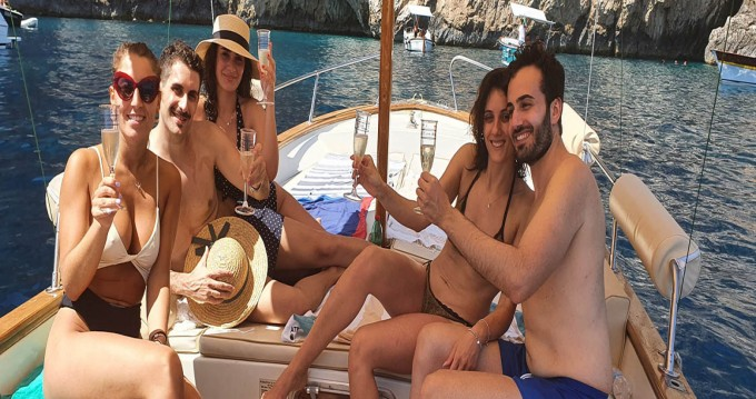 Hire Motorboat with or without skipper Apreamare Capri (Island)