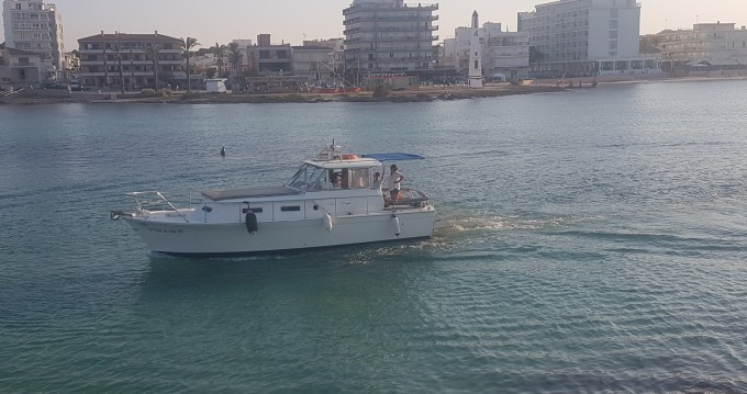 Boat rental Can Picafort cheap Commander 31