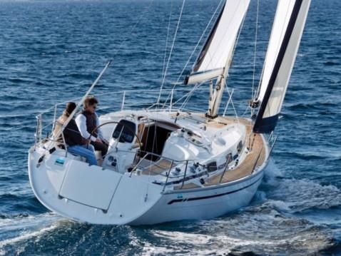 Rent a Bavaria Cruiser 34 Saltsjöbaden