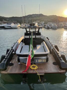 Boat rental Novamarine Black Shiver 100 in Porto Cervo on Samboat