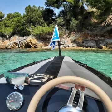 Rental yacht Cannes - Zodiac Mark II Heritage on SamBoat