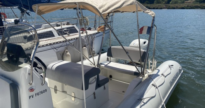 Bombard Sunrider 700 between personal and professional Saint-Cyprien